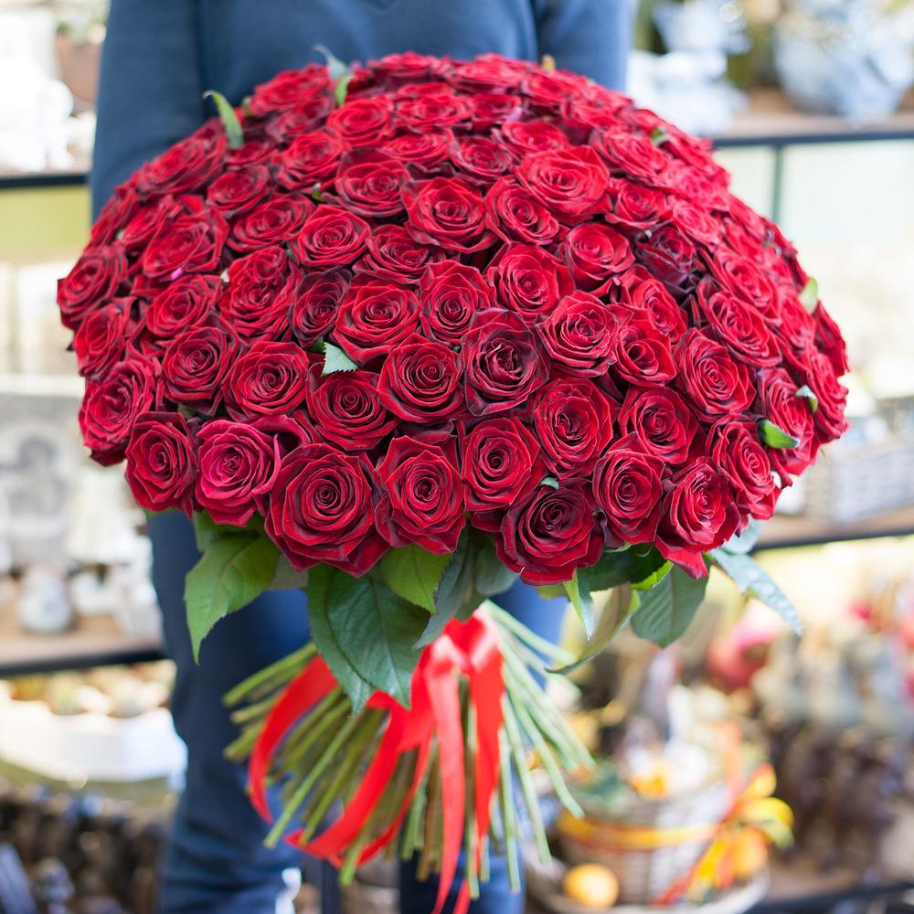 этот популярный красивый самый большой букет живых роз фото бутылку водки